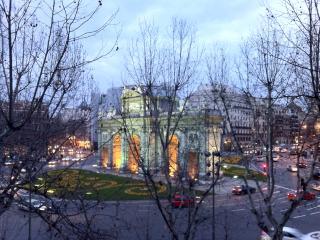 Puerta Alcala - Retiro 5200 sq.f. - Madrid vacation rentals