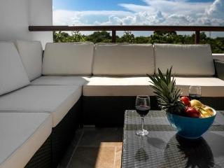 HIRA PH1 - Corner Penthouse - Akumal vacation rentals