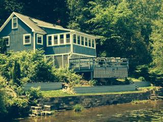 Saratoga Springs, Lakefront Cabin - Saratoga Springs vacation rentals