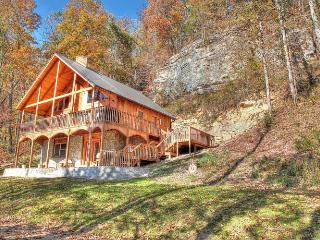 Wine Cellar Deluxe Mountain Home, Red River Gorge - Stanton vacation rentals