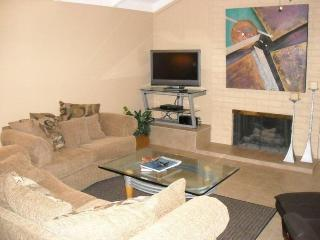 Newly Renovated Turnkey Condo in Palm Springs - Palm Springs vacation rentals