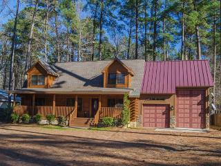 Log Home located on Clark Hill/Strom Thurmond Lake - Lincolnton vacation rentals