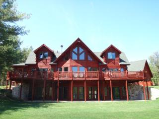 Grand Luxury Lodge, Stunning Views, Near Whiteface & Lake Placid - Upper Jay vacation rentals