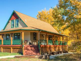 New Listing! Inviting 6BR Red Lodge House w/Private Wraparound Deck, Gas Grill & Spectacular Mountain Views - Easy Access to Rock Creek's Abounding Outdoor Recreation! Walk to Town! - Red Lodge vacation rentals