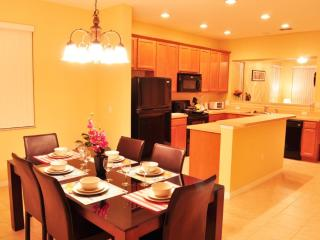 Only 4 miles to Disney, Great Orlando Vacation Condo - Kissimmee vacation rentals