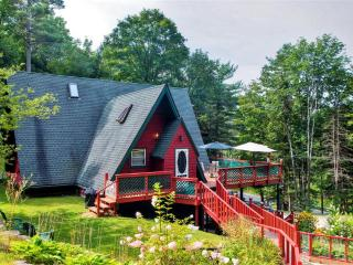 Cozy & Beautiful 3BR Warrensburg A-Frame House w/Wifi, Wraparound Deck & Lovely Treetop Views - Minutes from Skiing, Golf, Shopp - Warrensburg vacation rentals