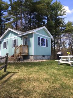Romantic 1 bedroom Ogunquit Cottage with Internet Access - Ogunquit vacation rentals