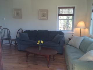 1 bedroom Cottage with Internet Access in Ogunquit - Ogunquit vacation rentals