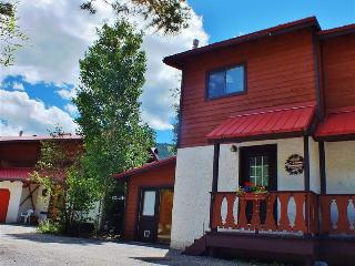 Picturesque 2BR Red River Townhome w/Wifi & Breathtaking Views - Phenomenal Location on the River & Walking Distance to the Ski Area! - Red River vacation rentals