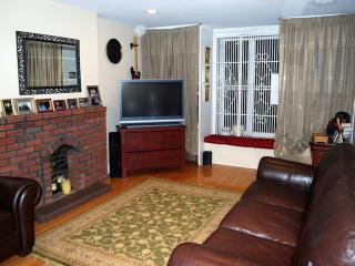 Luxury Two Bedroom, Private Townhouse in Union Sq - New York City vacation rentals