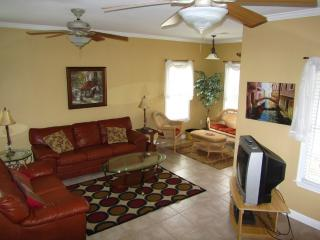 Spacious 4BR/4.5Bath Beach House w/private pool - Surfside Beach vacation rentals