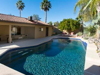 Southwestern-Style 4BR Scottsdale House w/Wifi, Hot Tub & Private Backyard Swimming Pool - Minutes from Golf, Restaurants, Shopping, Nightlife & Outdoor Recreation! - Scottsdale vacation rentals