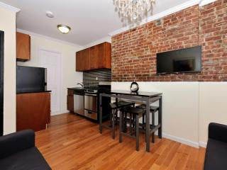 Lovely 2 Bedroom Super LOW Winter Monthly Rates!! - Manhattan vacation rentals