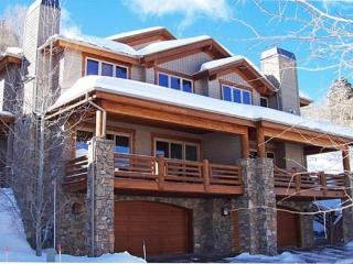 Excellent Location! Walk to Snow Park Lodge - Park City vacation rentals