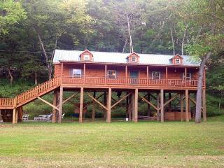 Newly Built Cabin Overlooking the Shenandoah River - Shenandoah vacation rentals