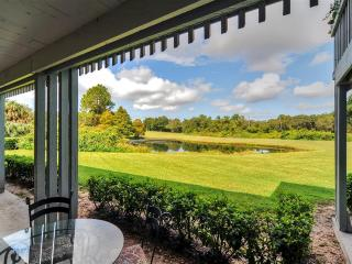 Low Summer Rates! Golfers Retreat 1BR Haines City Ground-Level Condo at Golf Resort w/Private Lanai & Lovely Golf Course Views - Easy Access to Disney World, Legoland & More! - Haines City vacation rentals