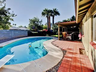 Big Summer Discounts! Very Convenient 3BR Phoenix House w/Wifi, Private Diving Pool, Covered Porch & Lush Yard - Easy Access to Major Sports Venues, Downtown, Outdoor Activities & More! - Cave Creek vacation rentals