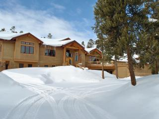Don't miss out on all this Snow! Luxurious 4BR Sapphire Lodge in Breckenridge w/ Hot Tub - Includes 1,000 Sq. Ft. Indoor Basketball Court w/Foosball & Ping Pong Table! - Breckenridge vacation rentals
