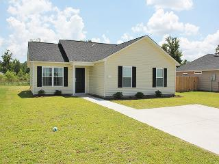 4BR Myrtle Beach Home - Easy Access to Shopping & Nearby Beach - Myrtle Beach vacation rentals