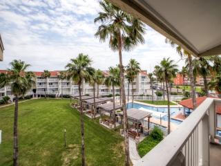Reduced Rates! Top Floor 1BR South Padre Island Condo w/Private Balcony & Complex Amenities Access - Winter Texan Special! Near Schlitterbahn, the Beach, Restaurants & More! - Port Isabel vacation rentals