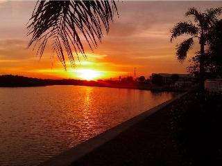 Beach, Luxury waterfront 2b.2.5b 3261,Tampa Bay - Tampa vacation rentals