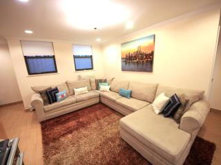 Brand New 3Bedrooms / Duplex Townhouse - New York City vacation rentals