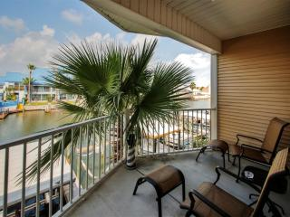 Beautiful 3BR Corpus Christi Condo Just 2 Minutes from the Beach w/Pool Access, Wifi, Private Balcony & Lovely Canal Views - Minutes from Dining, Entertainment & More! - Corpus Christi vacation rentals