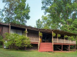 Secluded 3BR Lincolnton House w/Outdoor Pool, Private Dock, Expansive Deck & Stunning Water Views - Prime Thurmond Lake Location! Easy Access to Fishing, Golfing & More! - Lincolnton vacation rentals