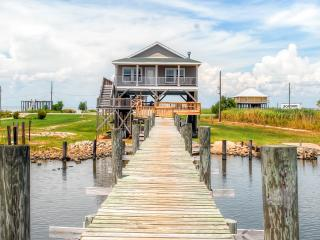 Peaceful 3BR New Orleans Home w/Private Dock & Impressive Views - Beautiful Waterfront Location on Lake St. Catherine! Approximately 30 Miles From Downtown New Orleans - Pearlington vacation rentals