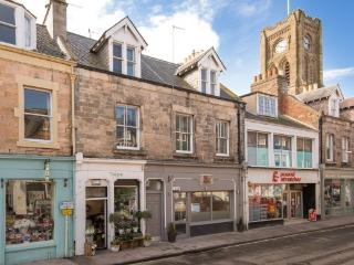 The Oystercatcher - Luxury apartment on High St - North Berwick vacation rentals