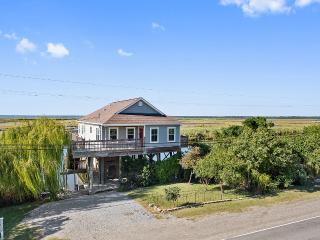 'Pelican Cove' Unique 2BR Slidell Home on Scenic Natural Bayou w/Wifi & Large Deck Overlooking Big Branch National Wildlife Refuge - Only 20 Minutes from New Orleans! - Slidell vacation rentals
