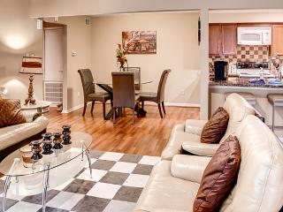 Close to Texas Medical Center! 2BR Condo in Vibrant Houston w/ Gorgeous Interior - Houston vacation rentals
