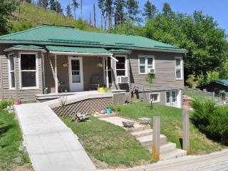 Spacious 4 bedroom House in Deadwood - Deadwood vacation rentals