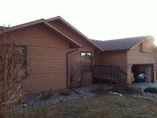 Spacious House with Garage and A/C - Summerset vacation rentals