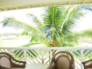 Penthouse Villa conveniently located near Kings and A-Bay - Mauna Lani vacation rentals