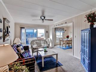 Quaint 2BR Ocean City Condo at Gullway Villas w/Private Balcony & Community Pool Access - Walking Distance to the Ocean, Bay, Jolly Roger's & Numerous Other Attractions! - Ocean City vacation rentals