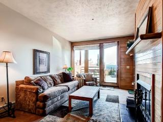 Cozy 1BR Silverthorne Condo - Perfectly Situated Near Skiing & Hiking Trails, Steps from the Clubhouse! - Silverthorne vacation rentals