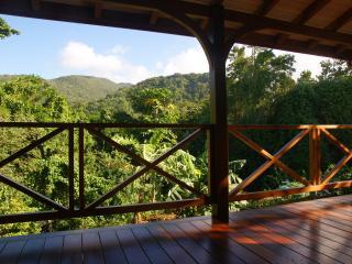 GÎTE DE CHARME CARAMBOLE - Pointe-Noire vacation rentals