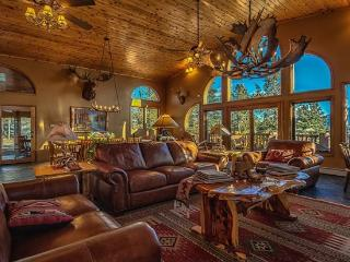 View of Pikes Peak in Spacious Mountain Lodge - Colorado Springs vacation rentals