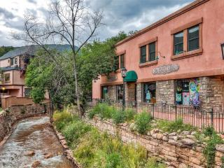 Unique & Calming 2BR Condo in Historic Manitou Springs w/Wifi, Private Covered Balcony & Tranquil Creek Views - Near 100+ Shops, Restaurants, Pikes Peak & So Much More! - Manitou Springs vacation rentals