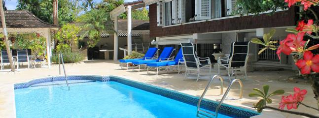Villa Dudley Wood 4 Bedroom SPECIAL OFFER - Gibbs Bay vacation rentals