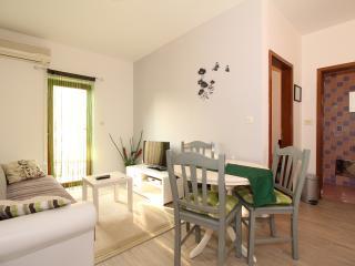 TH02103 Apartment Tratinčica / One bedroom A1 - Medulin vacation rentals