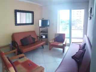 Beautiful 2 bedroom Apartment in Esmeraldas - Esmeraldas vacation rentals