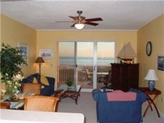 living room w/ private balcony and view of Gulf - The Dunes & The Indies - Fort Morgan - rentals