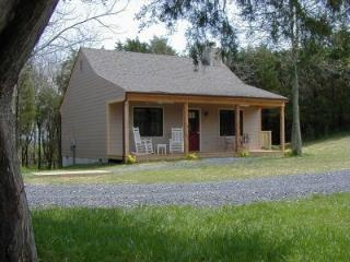 """The Ultimate Secluded Getaway"" - Lexington vacation rentals"