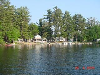 Nice Cottage with Deck and Satellite Or Cable TV - Waterboro vacation rentals