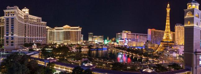 Night panorama view from three-bedroom Penthouse - Las Vegas Strip Penthouse -Amazing View, Sleeps 16 - Las Vegas - rentals