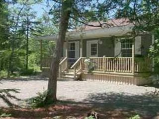 Beautiful 2 bedroom Chamcook Cottage with Deck - Chamcook vacation rentals