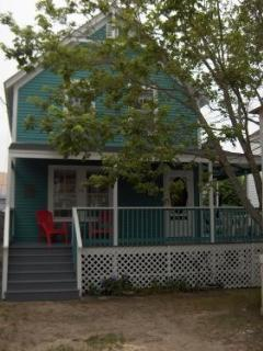Adorable Cottage steps to the Beach! - Old Orchard Beach vacation rentals
