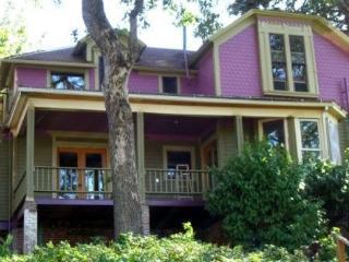 Vaca/Seasonal 5Suites Sleep1-4each RiverVu InTown - Hood River vacation rentals
